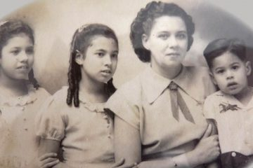 Constance with daughters Amoy, Ayeen and son Ian