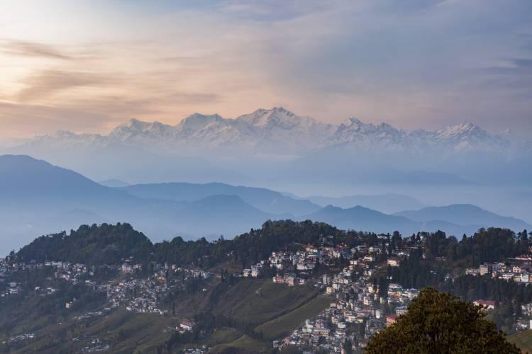 6. Kanchenjunga range peak