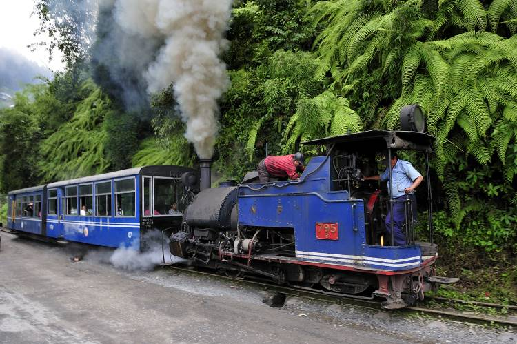 9. Darjeeling Himalayan Railway