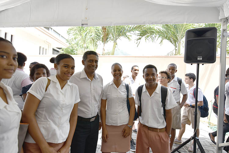 Seychellois President, Danny Faure06